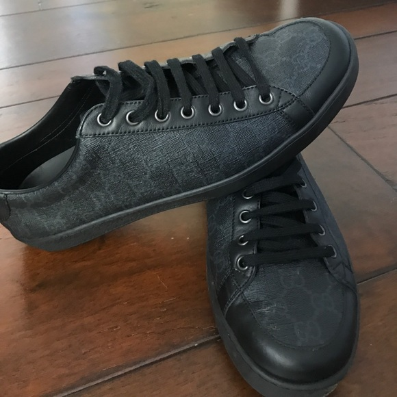 7d0f8cad2f2 Gucci Other - Men s Black Gucci Common GG Low Top